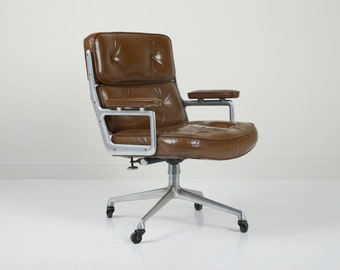 SOLD - Vintage Herman Miller Eames Time Life Executive Chair