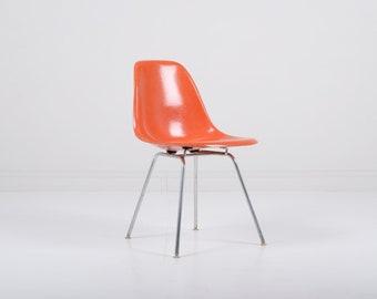 Vintage Herman Miller Eames DSX Fiberglass Shell Chair