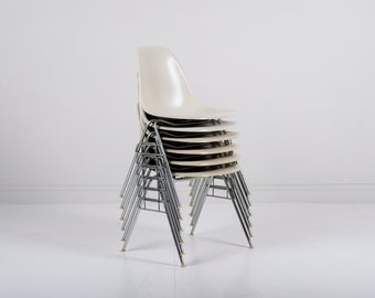 Set of 6 Vintage Herman Miller Eames DSS Fiberglass Shell Chairs