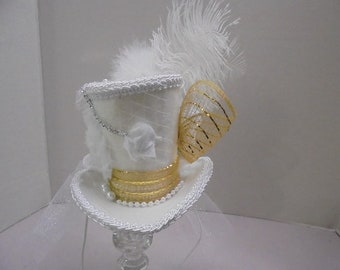 Mini Top Hat, Beautiful Bride, Ivory/White/Gold Mad Hatter Mini Top Hat,Alice in Wonderland, Wedding, Gothic Hat,Victorian Tea Party