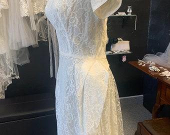 Sixties lace and taffeta ivory flowy dress shirt sleeves