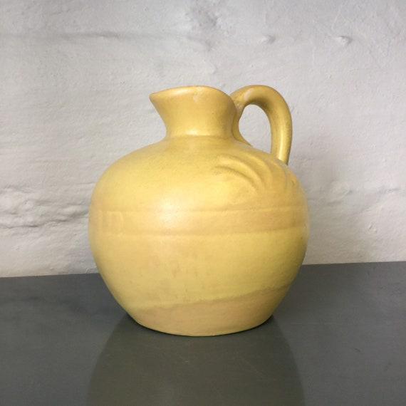 Kupittaa savi big ceramic pitcher