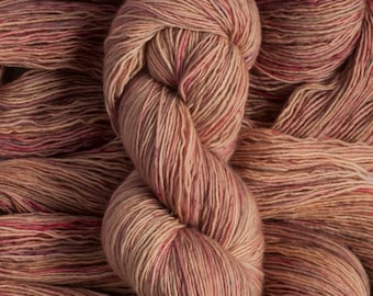 "Junco ""Firestarter"" - 100% merino single ply fingering weight yarn, 400 yards, 100 grams, superwash"