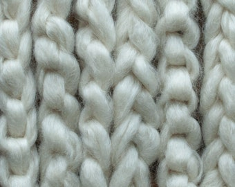 Undyed white Teeswater pindrafted roving, US grown, Canadian processed, sold in 100 gram bumps, Sweetie