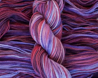 "Snowbird ""Betelgeuse"" 100% Canadian Rambouillet Sport Weight Yarn, Handdyed, 230 yards/90 grams, 3 ply, non-superwash"