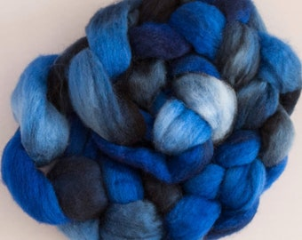 100 grams Blue Faced Leicester spinning fibre, hand dyed