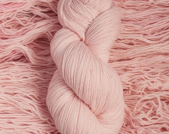 "Eider ""Tutu""  - 100% extra-fine merino fingering weight yarn, 420 yards/100 grams, 4 ply, non-superwash, hand dyed"