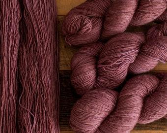 "Junco ""Fig"" - 100% merino single ply fingering weight yarn, 400 yards, 100 grams, superwash"