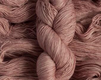"Junco ""Petal"" - 100% merino single ply fingering weight yarn, 400 yards, 100 grams, superwash"