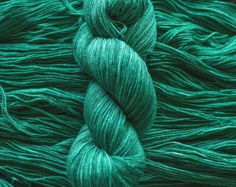 "Waxwing ""Mermaid Tail"" Extra-fine merino/silk (75/25) fingering weight yarn, 435 yards, 100 grams, 4 ply"