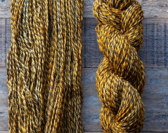 Handdyed Marled Romney Alpaca Blend worsted weight yarn, 175 yards, 100 grams, Canadian, small batch, rare breed, golden yellow