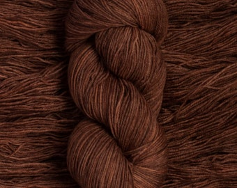"Eider ""Hazelnut""  - 100% extra-fine merino fingering weight yarn, 420 yards/100 grams, 4 ply, non-superwash, hand dyed"