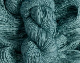 "Junco ""Waterlily"" - 100% merino single ply fingering weight yarn, 400 yards, 100 grams, superwash"
