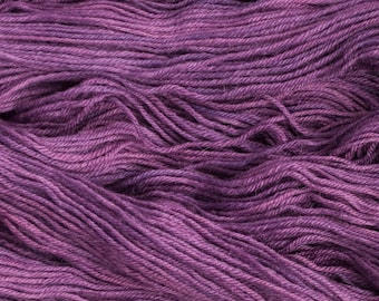 "Heron ""Callicarpa"" 26.5 micron wool/alpaca (70/30) worsted weight yarn, 240 yards, 100 grams, 4 ply, milled in South America, non-superwash"