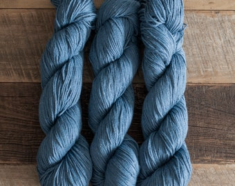 Denim blue Cotton/Silk (75/25) blend yarn, sport weight yarn, 360 m/100 grams, mill-end, milled and dyed in Italy