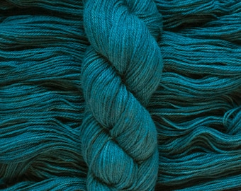 "Hand Dyed Yarn, ""Horizon"" rich teal blue, BFL Gotland blend DK weight yarn, 250 yards, 100 grams, 3 ply, non-superwash"