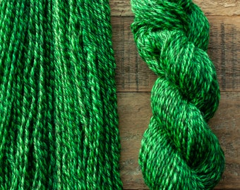 Handdyed Marled Romney Alpaca Blend worsted weight yarn, 175 yards, 100 grams, Canadian, small batch, rare breed, bright apple green