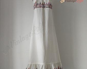 67a72d8e5af 70s Vintage Boho Dress