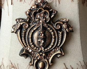 Shield Crest French Fleur De Lis Magnetic Shade Embellishment Swarovski Crystals