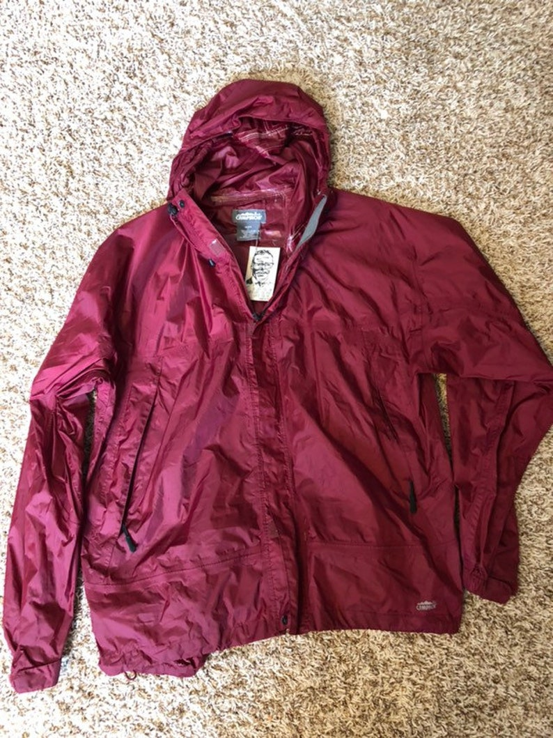 2c9a670f507f Campmor Maroon Windbreaker Jacket with Hood 72