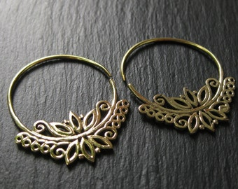 Floral Brass Hoop Earrings  . Organic Filigree Flower Design . Threader Spiral Earrings . FREE SHIPPING Canada