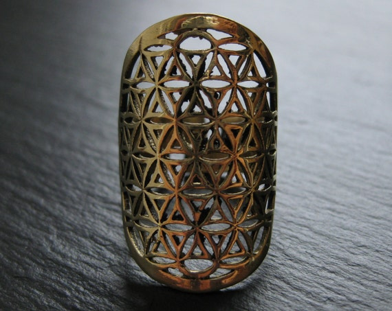 Mandala Brass Ring . Flower of Life Ring . Sacred Geometry Jewelry . Yoga Chic Hippie Bohemian Tribal Festival . FREE SHIPPING CANADA