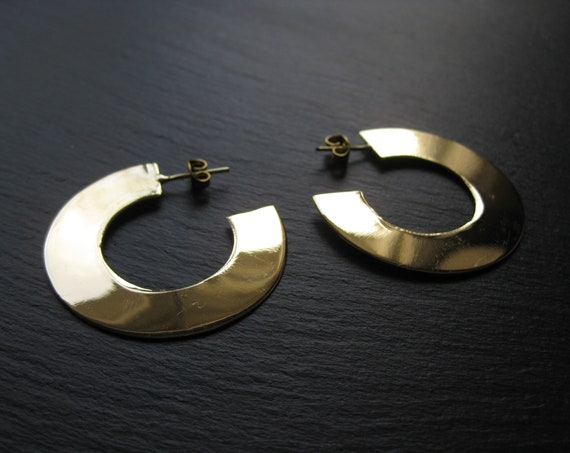 Bold Minimalist Disc Brass Hoops . Modern Thick Flat Hoop Earrings . Gold Shiny Mirror Effect Earrings . FREE SHIPPING CANADA
