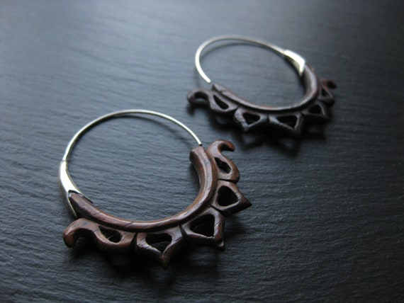 Wood Sterling Silver Hoop Earrings . Spiral Threader . Modern Hippie Chic Exotic Jewelry . FREE SHIPPING in CANADA