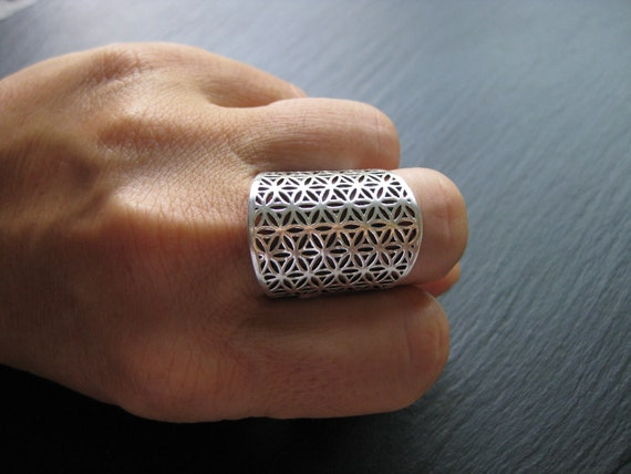 Flower of Life Ring . Mandala .  Sacred Geometry  . Silver Plated .  FREE SHIPPING in CANADA