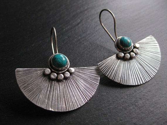 Turquoise Stone Fan Shaped Earrings . Exotic Chic Jewelry . Silver Plated . FREE SHIPPING CANADA