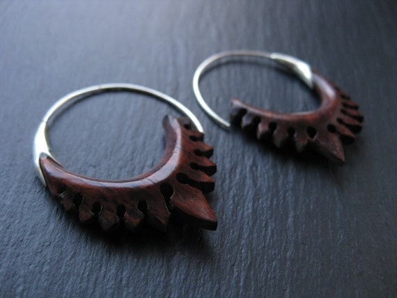 Carved Wood Sterling Silver Hoop Earrings . Spiral Threader . Modern Hippie Chic Exotic Jewelry . FREE SHIPPING in CANADA