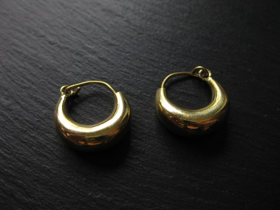 Small Chunky Tube Hoops . BRASS Unisex Earrings . Minimalist Earrings . Simple Hoops . FREE SHIPPING in Canada