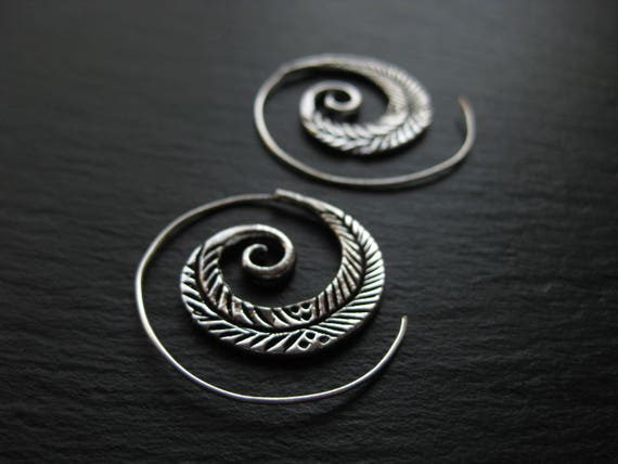 Feather Spiral Hoop Earrings . Tribal Ethnic Gypsie Chic Jewelry . FREE SHIPPING Canada . ZARIboutik