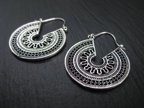 IMPERFECT . Ethnic Coin Earrings . Silver Plated Filigree Hoops . Gypsie Tribal Boho Chic Jewelry .  FREE SHIPPING Canada