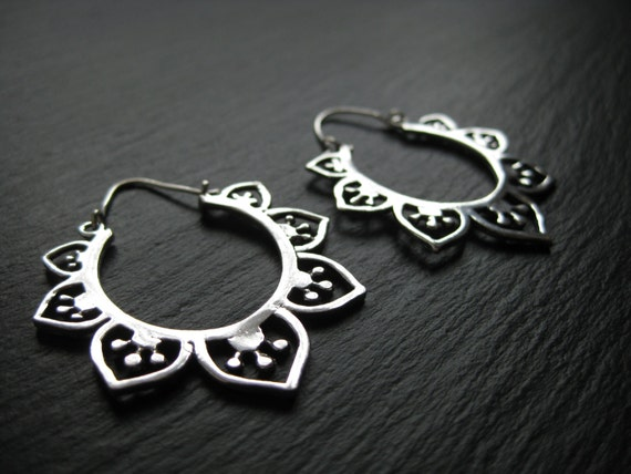 Silver LOTUS Mandala Hoop Earrings. Gypsy Jewelry . Modern Tribal Urban Ethnic Boho Chic . FREE SHIPPING in Canada . zarishop