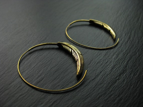 Feather Brass Hoops Earrings . Spiral Threader . Leaf Earrings . Bohemian Hippie Chic Jewelry . FREE SHIPPING Canada