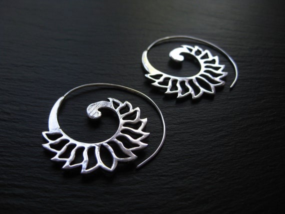 Lotus Flower Spiral Hoop Earrings . Silver Plated . Theader Hoops . Exotic Lightweight Earrings . Ethnic Jewelry . FREE SHIPPING CANADA