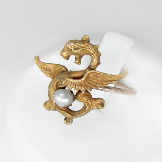 gold gragon ring, grifffin ring, art nouveau ring,
