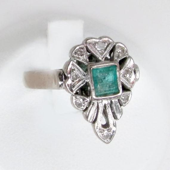 art deco diamond ring, white gold ring, diamond em