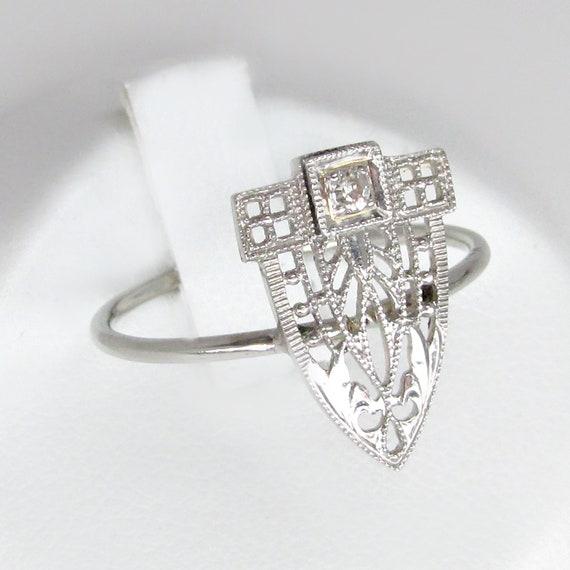 diamond ring, art deco diamond ring, white gold di
