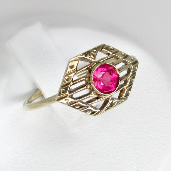 ruby ring, gold ruby ring, estate ruby ring, ruby