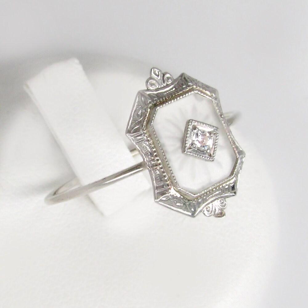 712acdf28506 white gold diamond ring