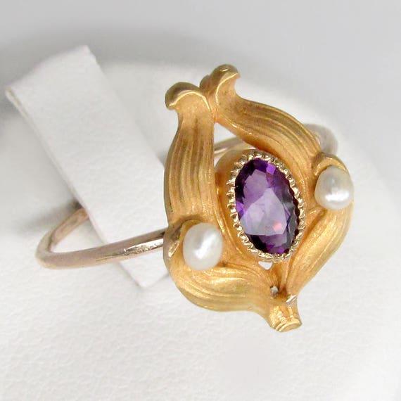 gold amethyst ring, amethyst pearl ring, art nouve
