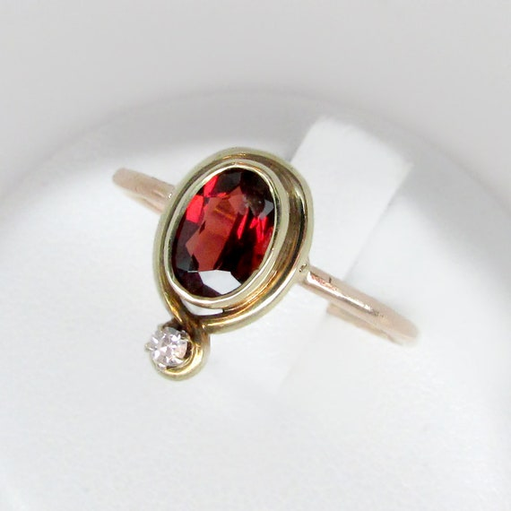 art deco ring, garnet ring, garnet diamond ring, a