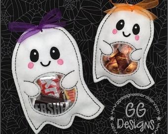 Ghost Peekaboo Treat Bag in the hoop machine embroidery design