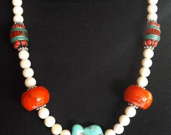 Tibetan necklace white coral and coral orange n2