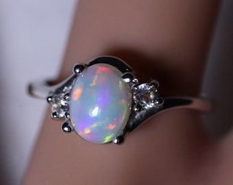 Opal ring, rainbow opal, rings for women, gift for her, birthday gift, october birthstone, silver rings, opal rings, fire opal ring, opal