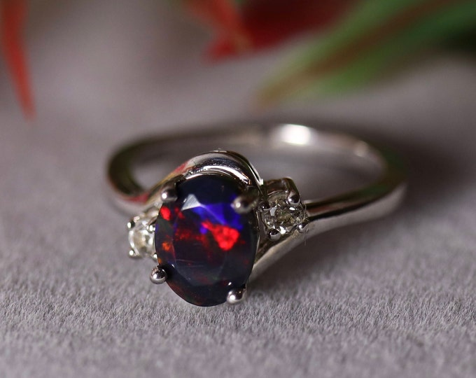 SPARKLING RED fire natural black fire opal engagement ring, silver opal ring, natural black opal, black opal ring, fire opal ring, opal