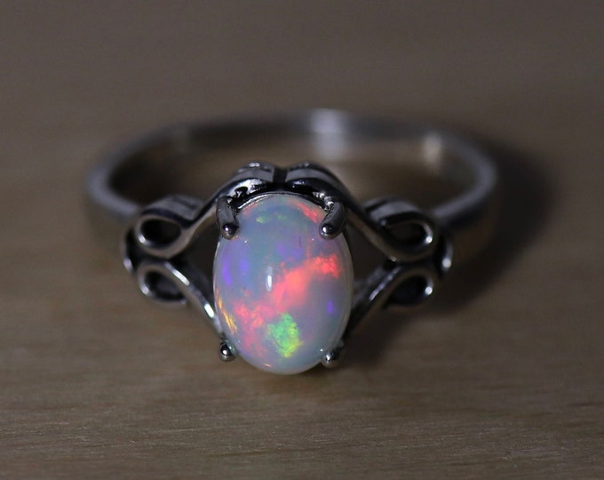 GLOWING rainbow cabochon fire opal silver ring, natural fire opal, genuine opal, silver opal Jewelry, Celtic ring, opal ring