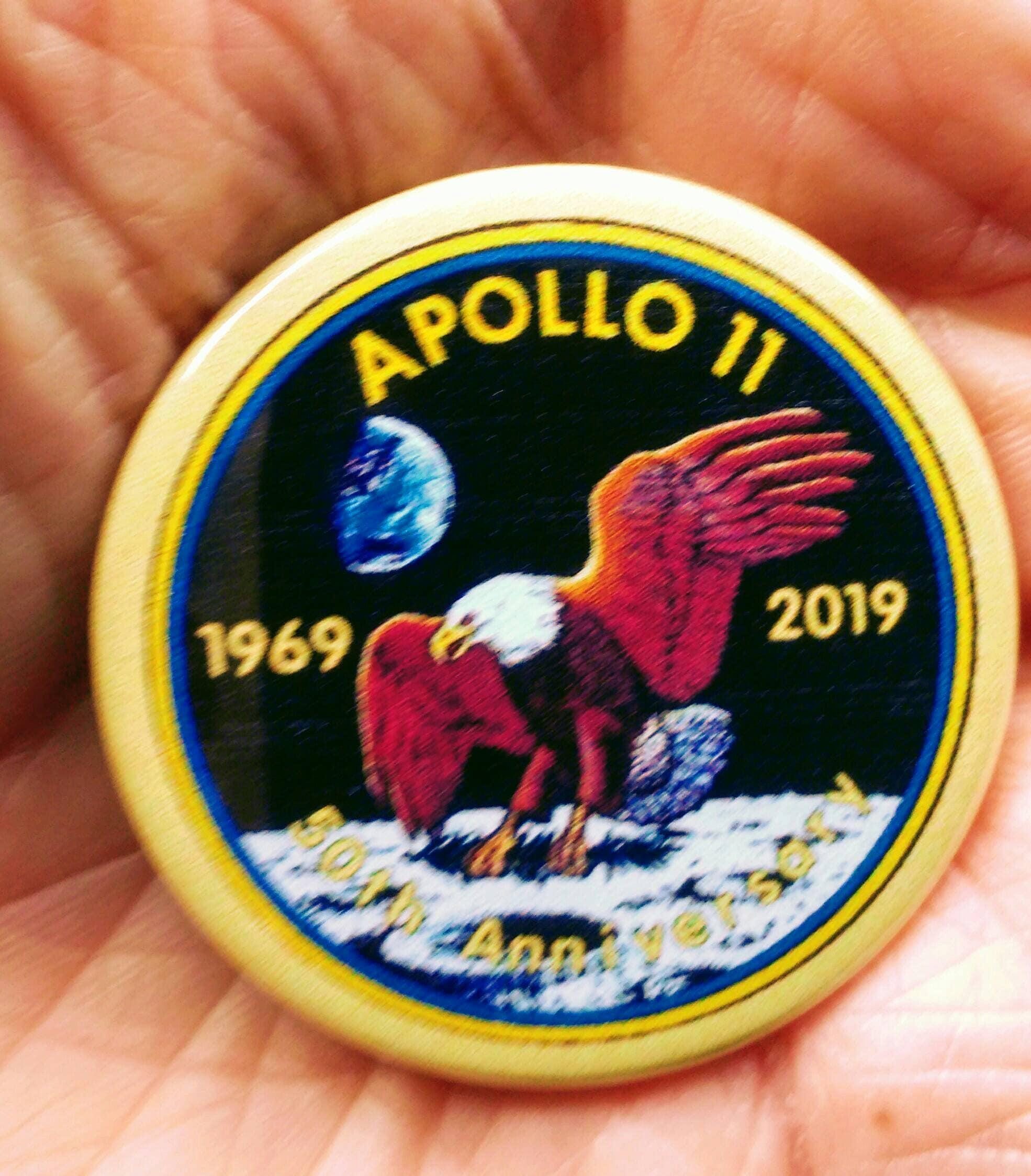 APOLLO 10  METAL PIN BADGE WITH 25mm LOGO